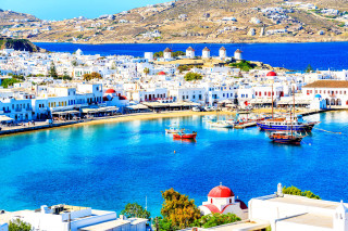 Excursions on the island of Paros and the Cyclades paros hotel mykonos